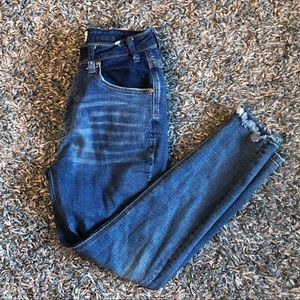 ONE X ONE TEASPOON HIGH RISE CROPPED JEANS